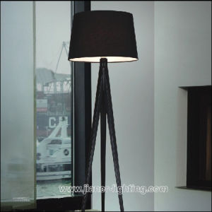 Hotel Contemporary Modern Metal Standing Bedside Floor Lamp with Black Fabric Shade pictures & photos