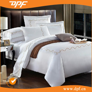 4PCS Embroidery Bedding Set (DPF061058) pictures & photos