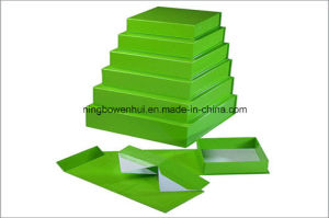 Series of Christmas Folding Paper Gift Box pictures & photos