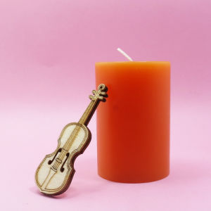 Smokeless Tasteless Flameless Tearless Feature and White Color Candles pictures & photos