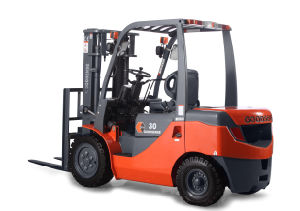 3.0ton Diesel Forklift Truck Import Engine with CE pictures & photos