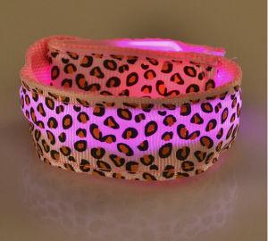 Flashing LED Light Glow Wristband with Customized Logo for Night Club