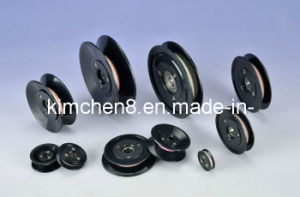 Plastic Flanged Ceramic Pulley with Bearing Shaft (HCR005) Od 55mm pictures & photos