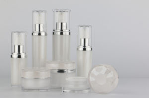 Acrylic Set Bottles for Skin Care pictures & photos