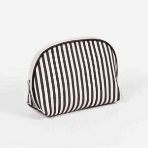 2017 New Professional Travel Cosmetic Bag pictures & photos