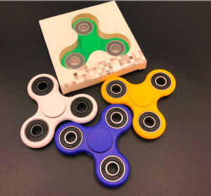EDC Fidget Spinner with 608 Bearings Improves Obsessive Compulsive Disorder pictures & photos