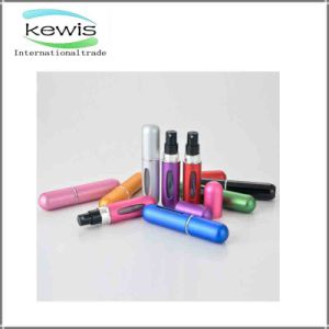 Hot Selling Promotional Gift Popular Glass Bottle for Perfume pictures & photos