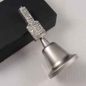 Souvenirs- Metal Custom Crystal Table Bell with Holly Logo pictures & photos