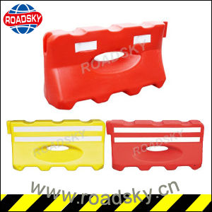 Road Traffic Safety Reflective Plastic Water Filled Barrier for Warning pictures & photos