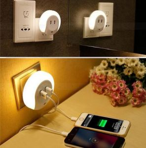 USB Charger Dual LED Wall Plug USB Night Light Bed Lamp pictures & photos