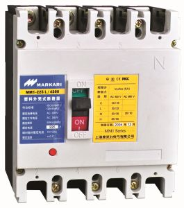 Cm1 4p Molded Case Circuit Breaker up to 800A pictures & photos
