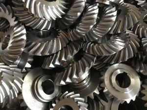 4140 Forged Steel Straight Bevel Gear pictures & photos