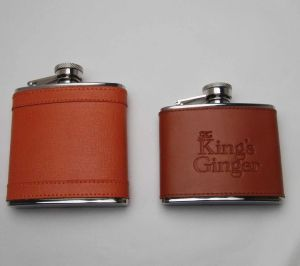 Travel Gift Stainless Steel 304 Leather Cover Hip Flask pictures & photos