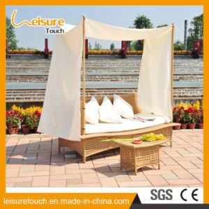 Holiday Resort Garden Outdoor Furniture Rattan Daybed Lying Bed Lounger Sofa with Curtain pictures & photos