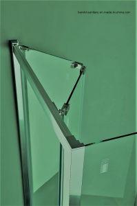 Glass Bi-Fold Shower Door 2-4 Doors for Option pictures & photos