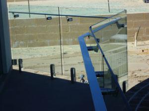 Spigot Glass Railing for Balcony pictures & photos