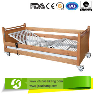 Ce Factory Comfortable Manual Adjustable Bed pictures & photos