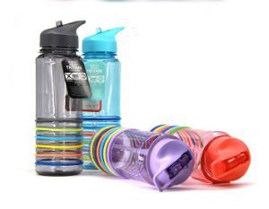 750ml Silicone Band Food Standard Water Bottle pictures & photos