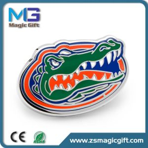 Hot Sales Customized Crocodile Lapel Pin Emblem pictures & photos