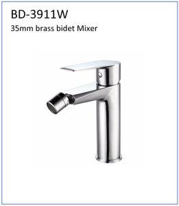 Bd3911W Brass 35mm Single Lever Bidet Faucet pictures & photos
