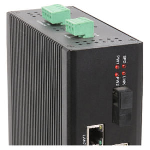 7 Ethernet & 1 Fiber Port Industrial Network Switch pictures & photos