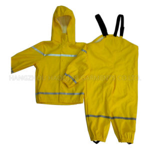 Yellow Solid Waterproof PU Raincoat pictures & photos