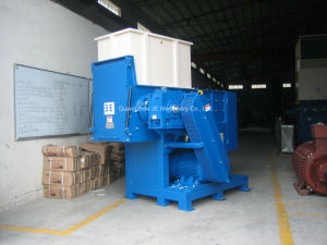 Plastic Shredder/Single Shaft Shredder of Recycling Machine with Ce (WT48100) pictures & photos