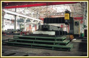 CNC Drilling & Milling Machine (PM3025H) pictures & photos
