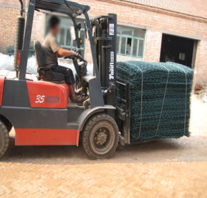 PVC Coated and Galvanized Gabion Box pictures & photos