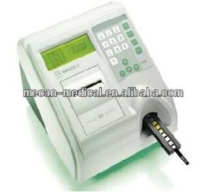 Hot Sale Vet Urine Analyzer, Veterinary Instruments with Factory Price pictures & photos