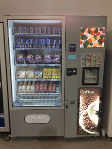 Combo Coffee and Sack Can Bottle Vending Machine LV-X01 pictures & photos