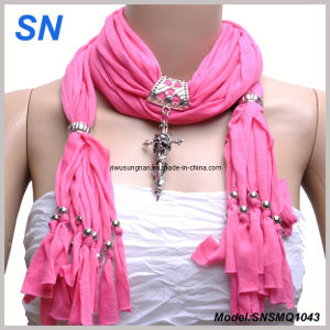 2014 Fashion Factory Pendant Scarf pictures & photos