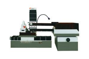 EDM Wire Cut Machine Dk77100X150 pictures & photos