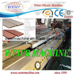 Wood Plastic Composite Decking Profile WPC Machine pictures & photos