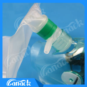 Oxygen Mask with Reservoir Bagen pictures & photos