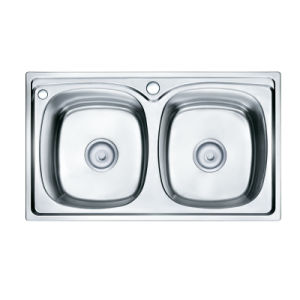 Oppein Stainless Steel S202 Kitchen Sink with Double Bowls (OP-PS6214A-TC) pictures & photos