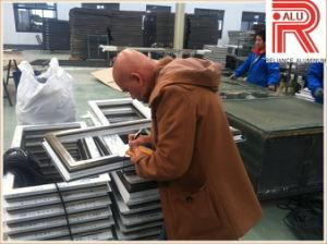 Aluminum/Aluminium Extruson Profiles for House Window pictures & photos