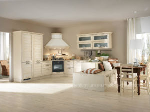 White Shaker Modular Design Solid Wood Kitchen Cabinet pictures & photos
