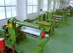 Slitting Line (0.3~3x1250mm) pictures & photos