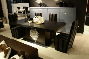 European Style Post-Modern Wooden Dining Room Furniture pictures & photos