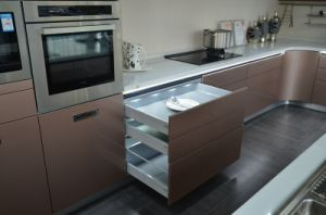2016 New Designed Contemporary Lacquer Kitchen Cabinet pictures & photos