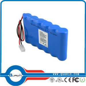 2s2p 7.4V 5600mAh 18650 Li-ion Battery Pack pictures & photos