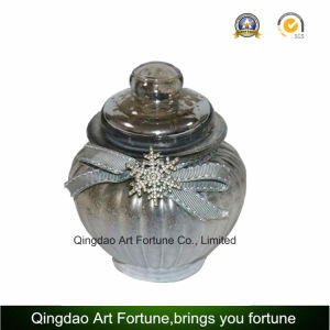 Scented Glass Jar Candle with Metal Lid for Home Decoration pictures & photos