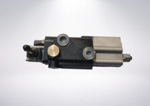 Distributor Hydraulic Directional Control Lifting Brake Valve for Tractor Bulldozer pictures & photos