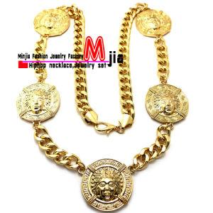 Zinc Alloy Fashion Jewelry Hip Hop Five of Medusa Pendant Necklace (XC249)