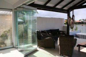 Moveable Glass Partition Walls for Villa, Apartment and House pictures & photos