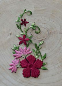 Garment Accessories Handmade Colour Embroidery Flower Ym-31 pictures & photos