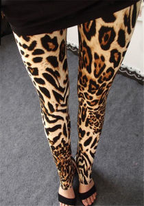 High Quality Stretchy Women′s Leopard Print Leggings (78032) pictures & photos