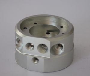 Bearing Box Body Part CNC Machine with Brass, Copper, Steel, Aluminum Alloy pictures & photos