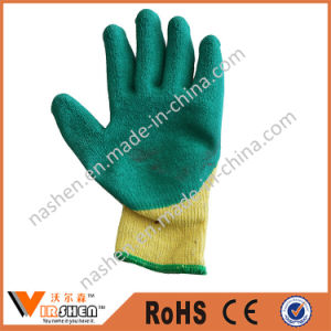 Nitrile Coated Cut Resistant Gloves pictures & photos